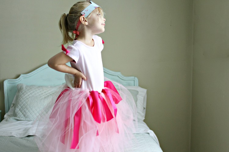 No-Sew Princess Dress DIY