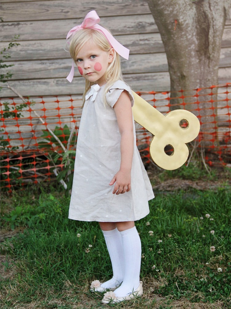 Wind up doll costume diy the sewing rabbit for Homemade halloween costumes for toddlers