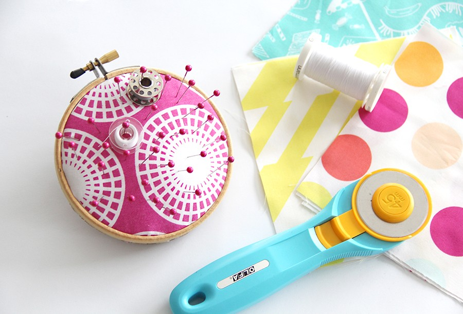 no sew pin cushion DIY, perfect 10 minute sewing craft!