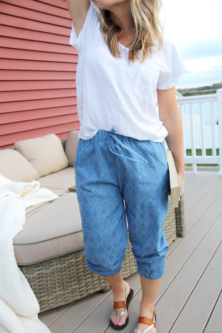 sew yourself a pair of jogger pants this Spring!