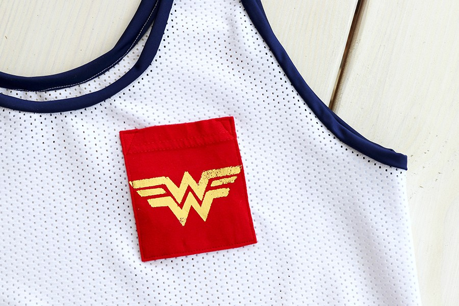 MAKE THIS: Wonder Woman inspired tank top