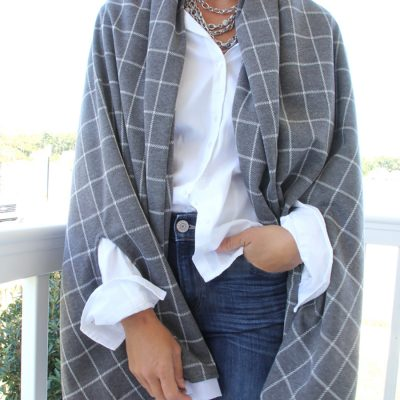 3 Ways to Make a Cape Scarf