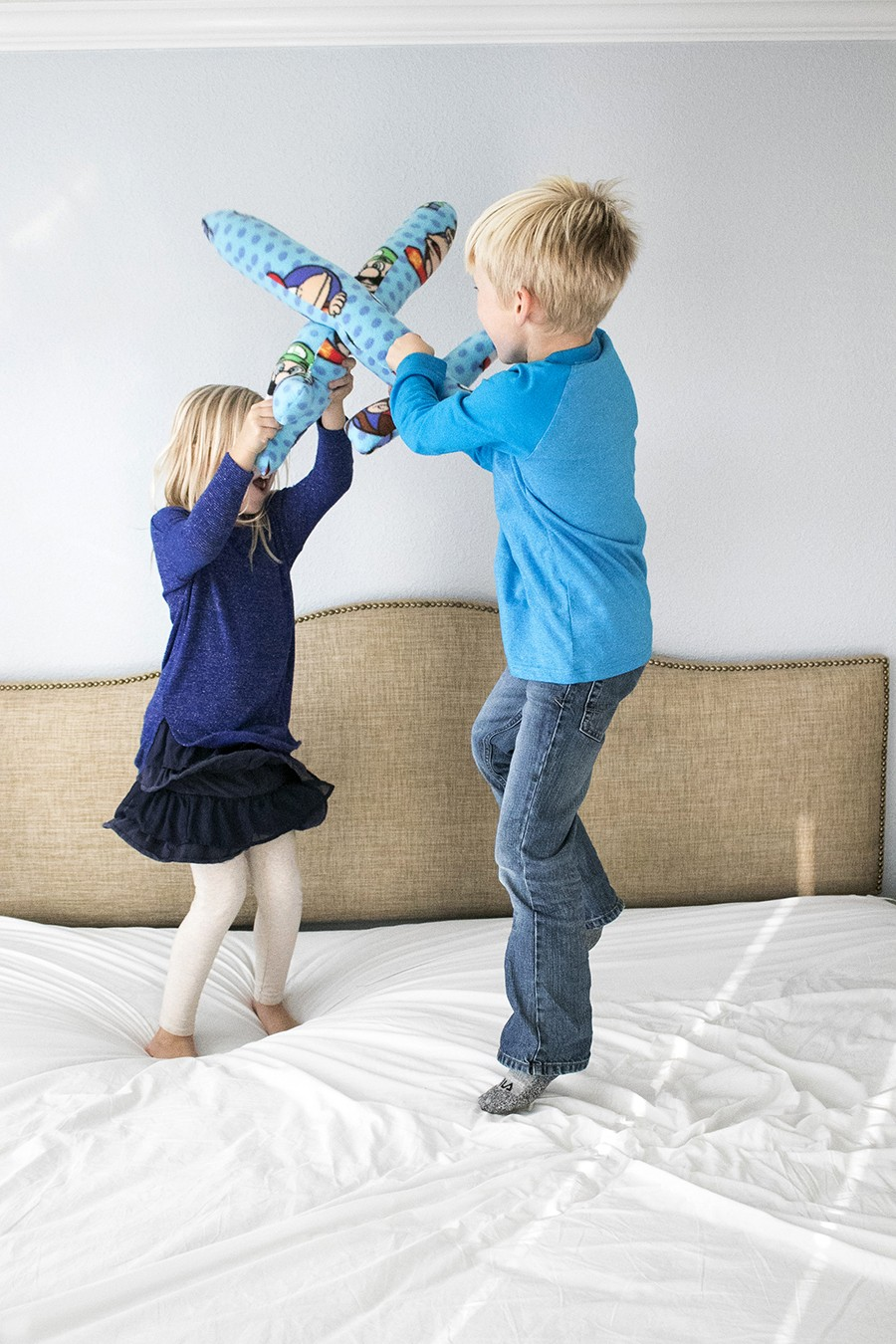 pillow swords sewing tutorial, awesome handmade kids gift idea!