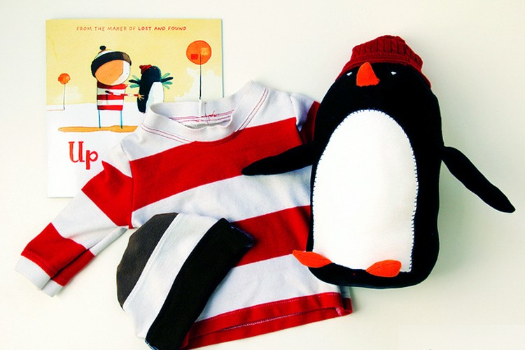 Up & Down Penguin {free pattern} - The Sewing Rabbit