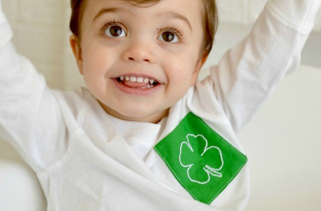 Embellish a T Shirt with a St. Patricks Day Pocket, with Free Embroidery Pattern