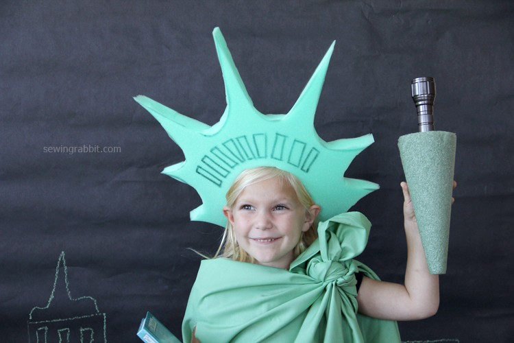 last minute statue of liberty costume the sewing rabbit. Black Bedroom Furniture Sets. Home Design Ideas
