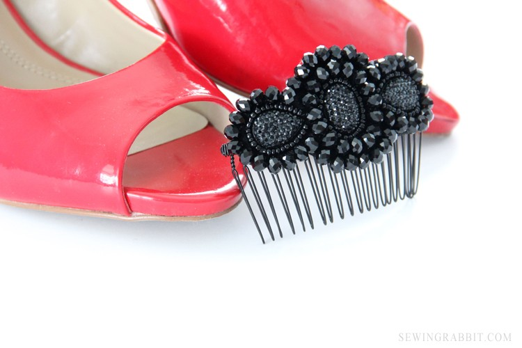 5 Minute Fancy Comb DIY