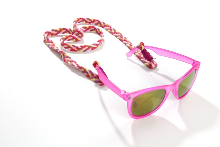 How to Make a Sunglass Cord (VIDEO)
