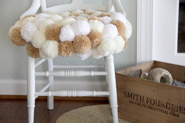 Pom Pom Chair DIY