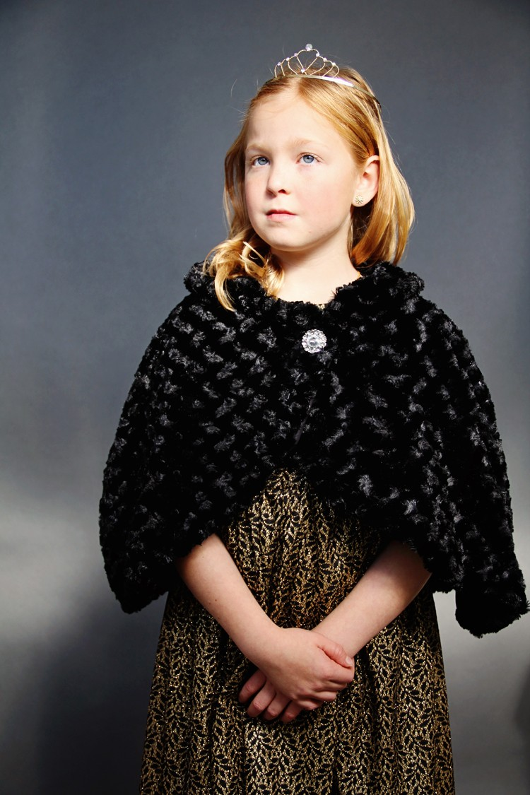 DIY Fur Cape | Fashionable Winter Clothing You Need To Sew For Your Family | women's winter tops