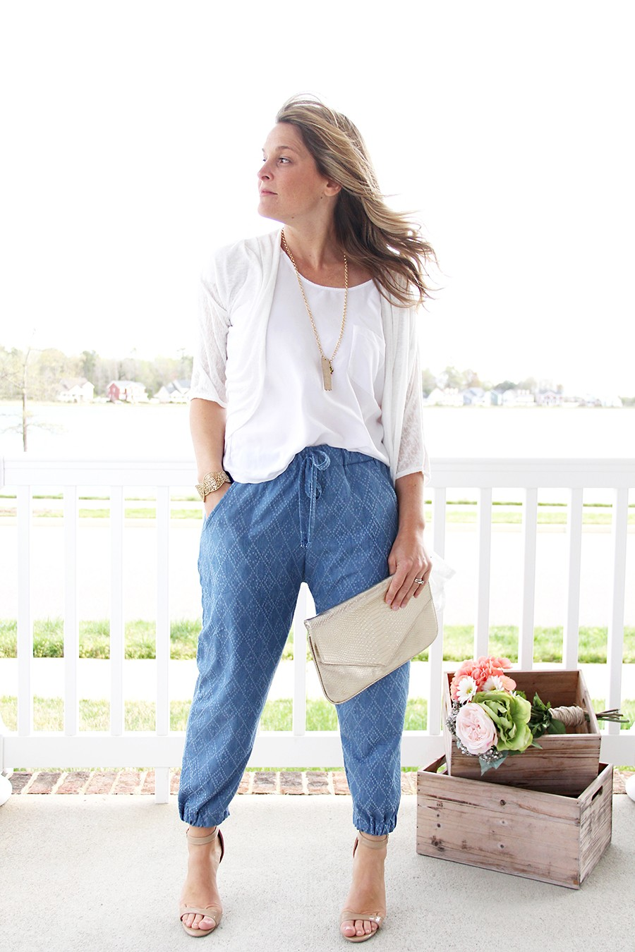 Put woven jogger pants on your MUST-SEW list!!