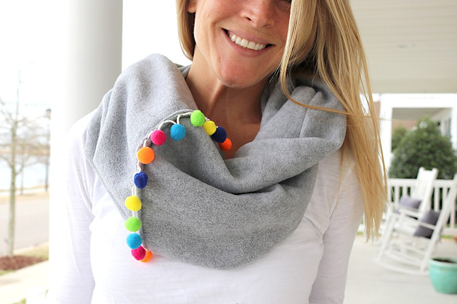 FALL FASHION: Pom pom fleece infinity scarf