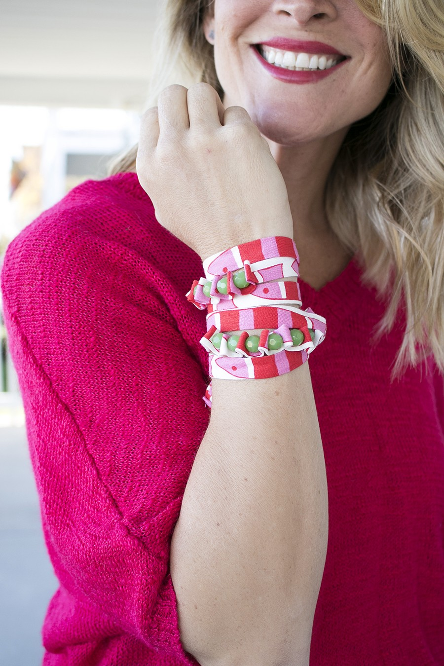 make this fabric and bead bracelet!