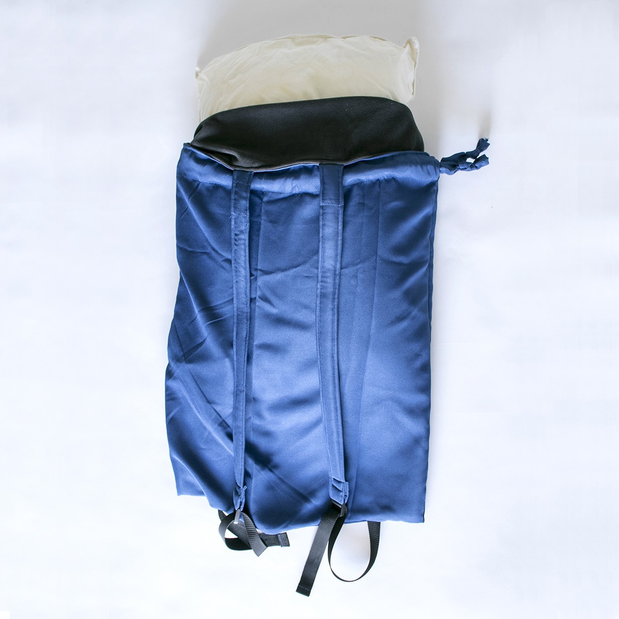 reversible pillow backpack DIY